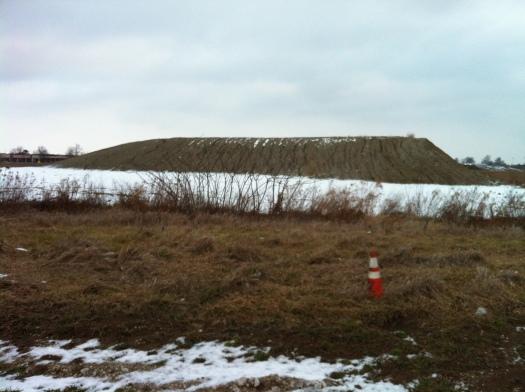 Heap of Dirt w: Plateau, Windsor Road